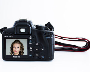 Model tips for a great passport photo!